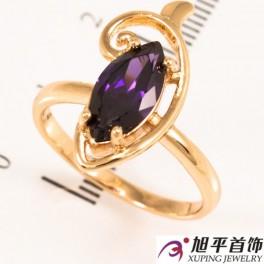 Кольцо позолота Узкий камень в завитке