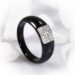Керамическое кольцо женское